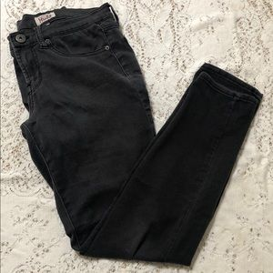 Mudd Size 9 Low-Rise Black Jeans